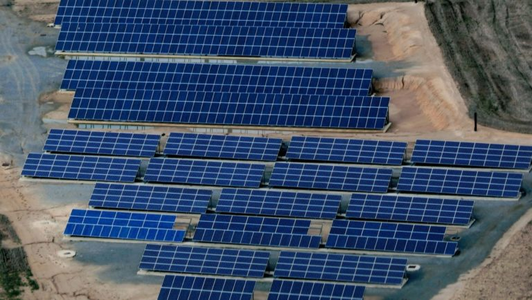 Planta Fotovoltaica del Grupo Nefret